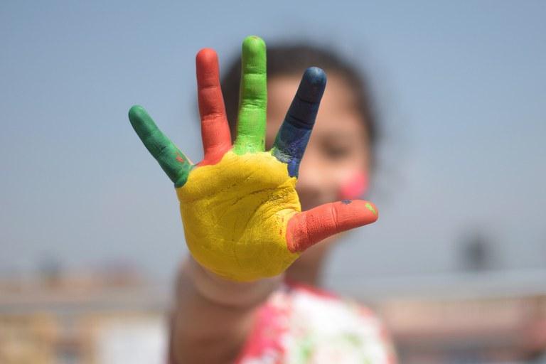 Kinderhand-Inklusion