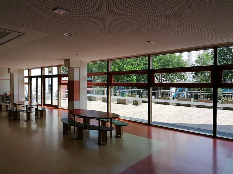 ebene-1-foyer.jpg